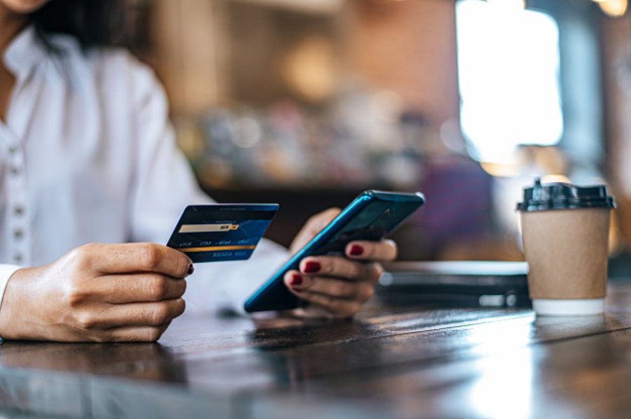 Getting Your First Credit Card? Here's A Detailed Guide On Your Choices